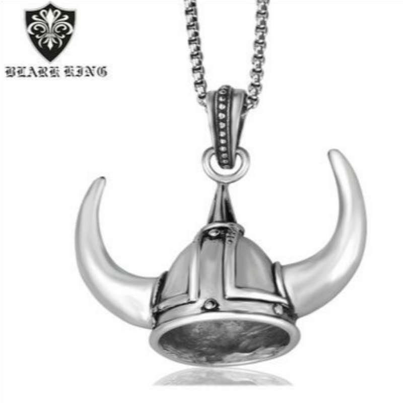 European and American foreign trade jewelry domineering personality men's stainless steel animal helmet pendants European and American retro helmet pendants