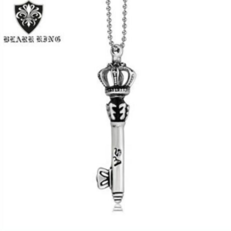 2017 New Fashion Pendant European and American foreign trade Vintage stainless steel medieval crown Scepter men\\\'s and women\\\'s pendants